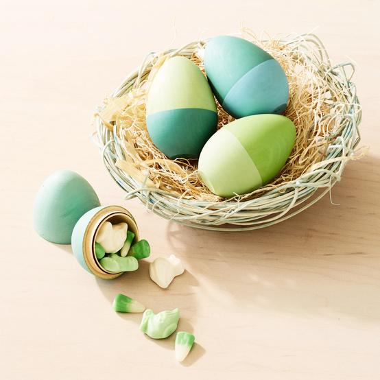 green wooden easter eggs