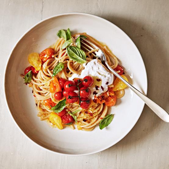 Spaghetti with Tomato Sauté