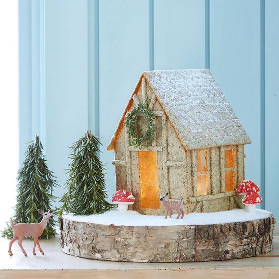 miniature cookie dough replica of Marthas tiny farmhouse