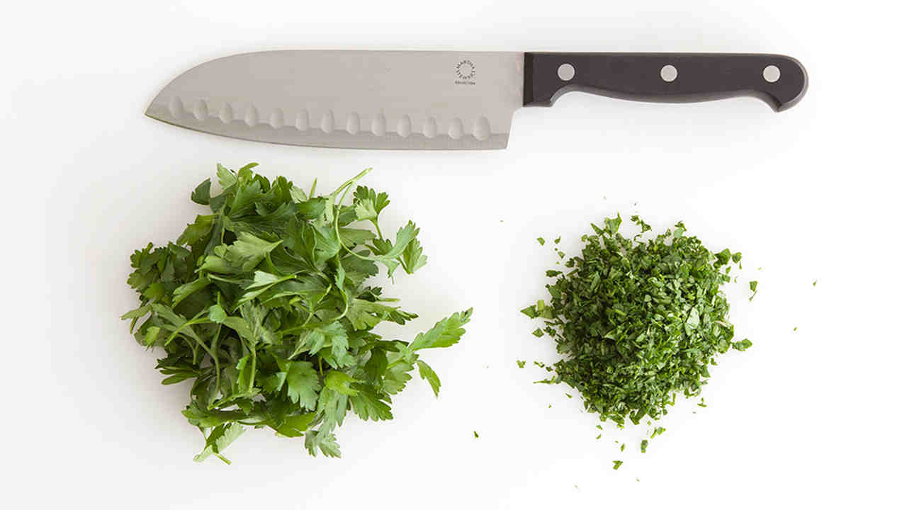 Video: How to Chop Herbs | Martha Stewart