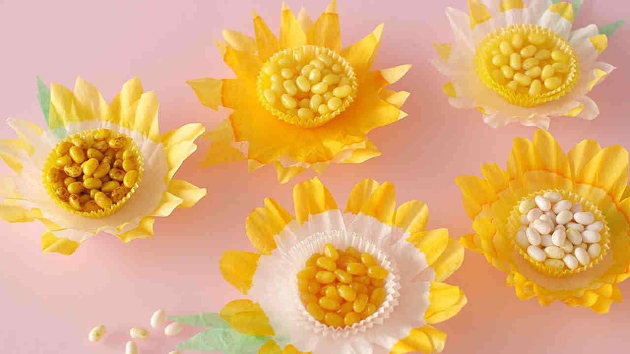 Video Diy Floral Balloon Bouquet Martha Stewart