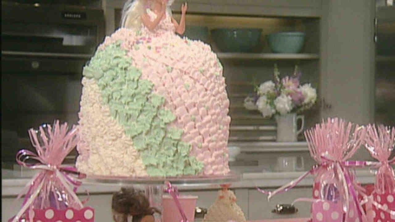 Video Barbie Cake Martha Stewart