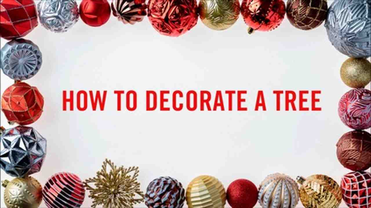 Video: How-To: Decorate A Tree | Martha Stewart