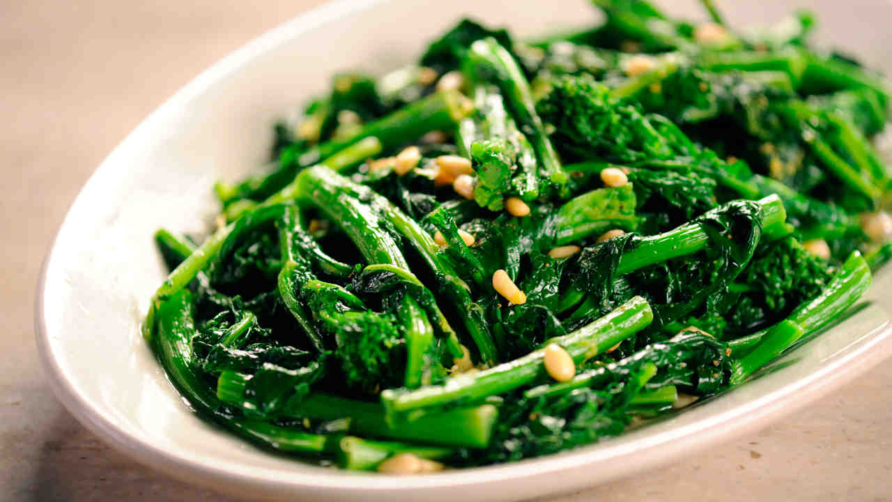 How to Prepare and Cook Broccoli Rabe