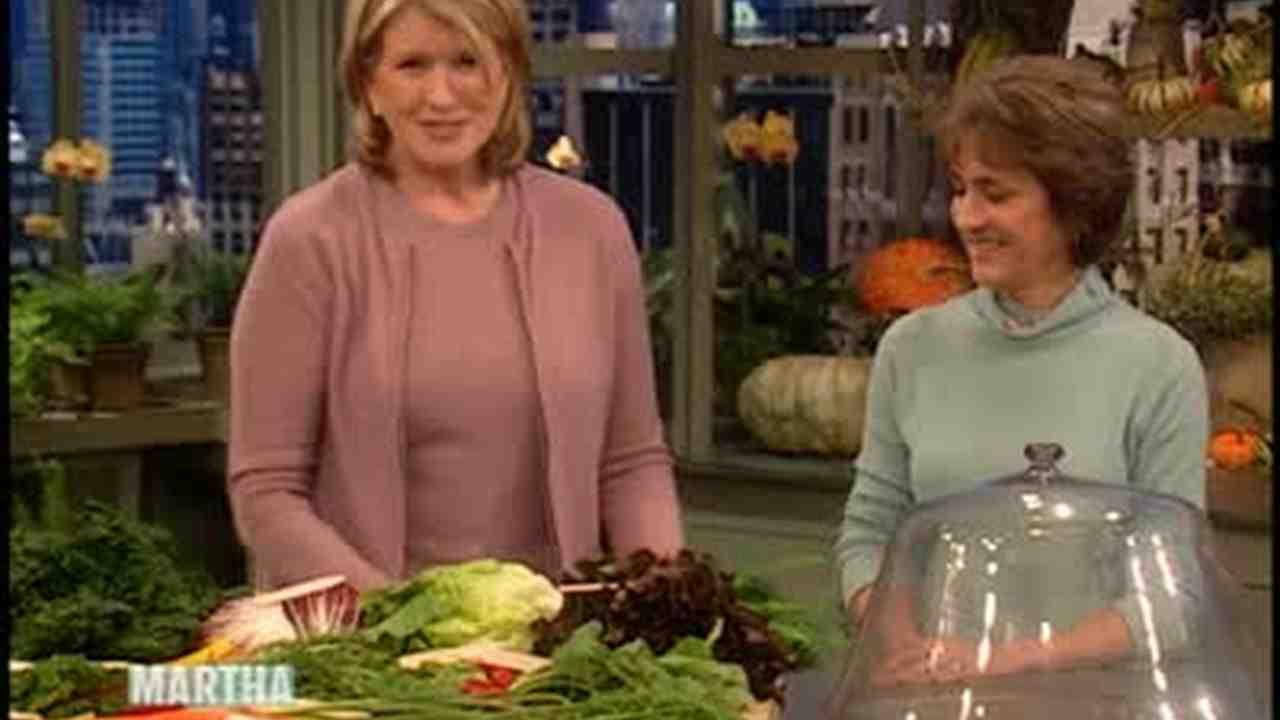 Video: Winter Vegetable Garden | Martha Stewart