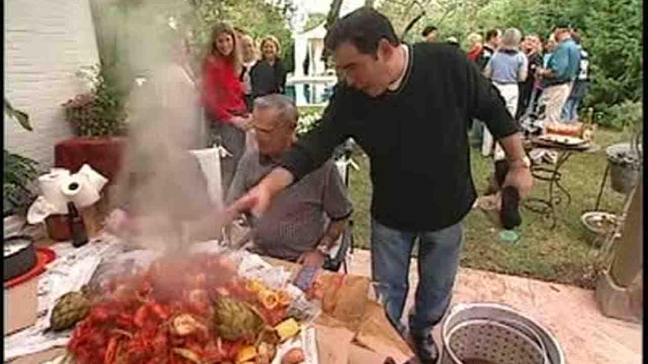 Video Backyard Bash Crawfish Boil Martha Stewart