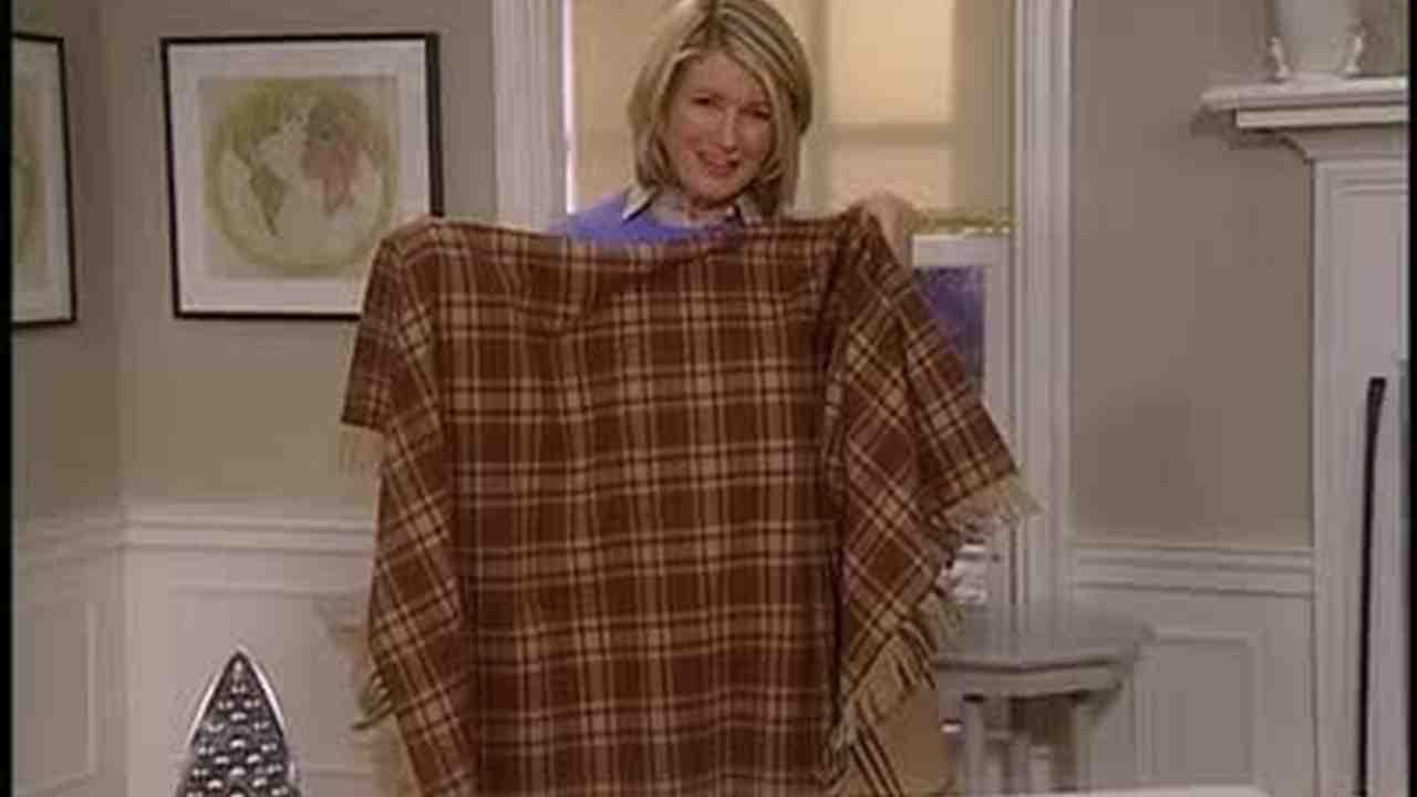 Video: Fringing a Cashmere Blanket | Martha Stewart