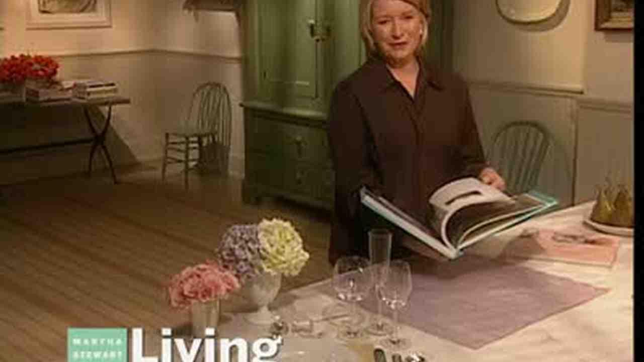 Video Napkin Folding For Weddings Martha Stewart
