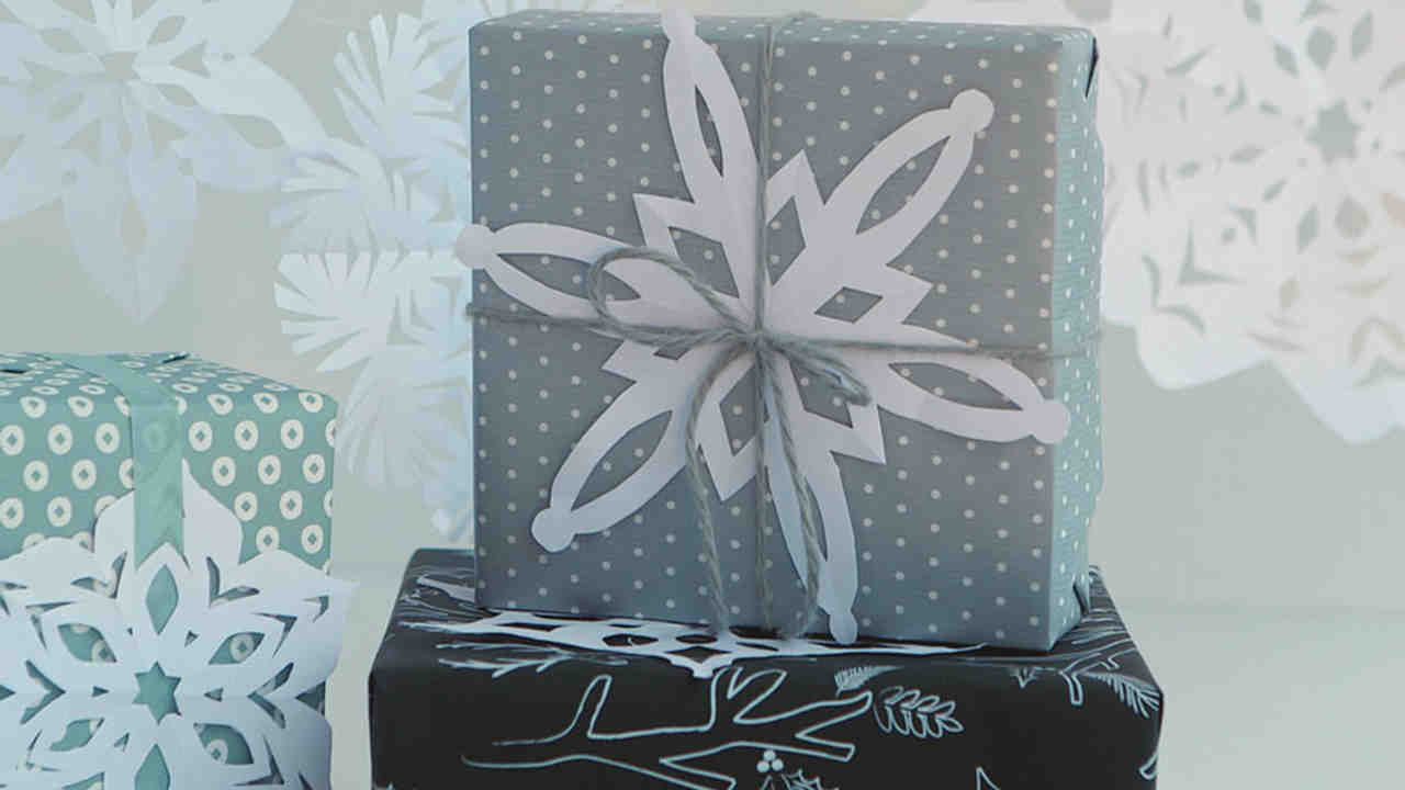 Video: How to Make Festive Paper Snowflakes | Martha Stewart