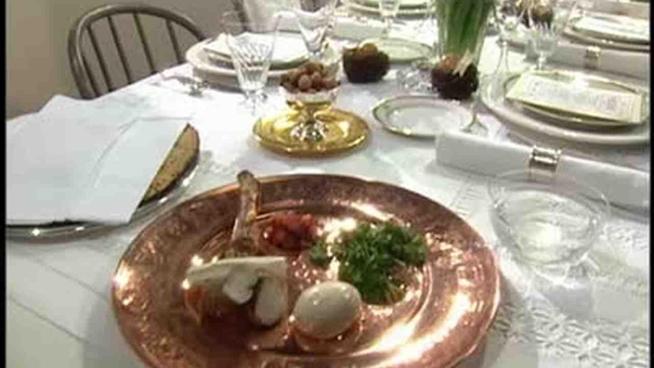 Video: Setting a Passover Seder Table | Martha Stewart