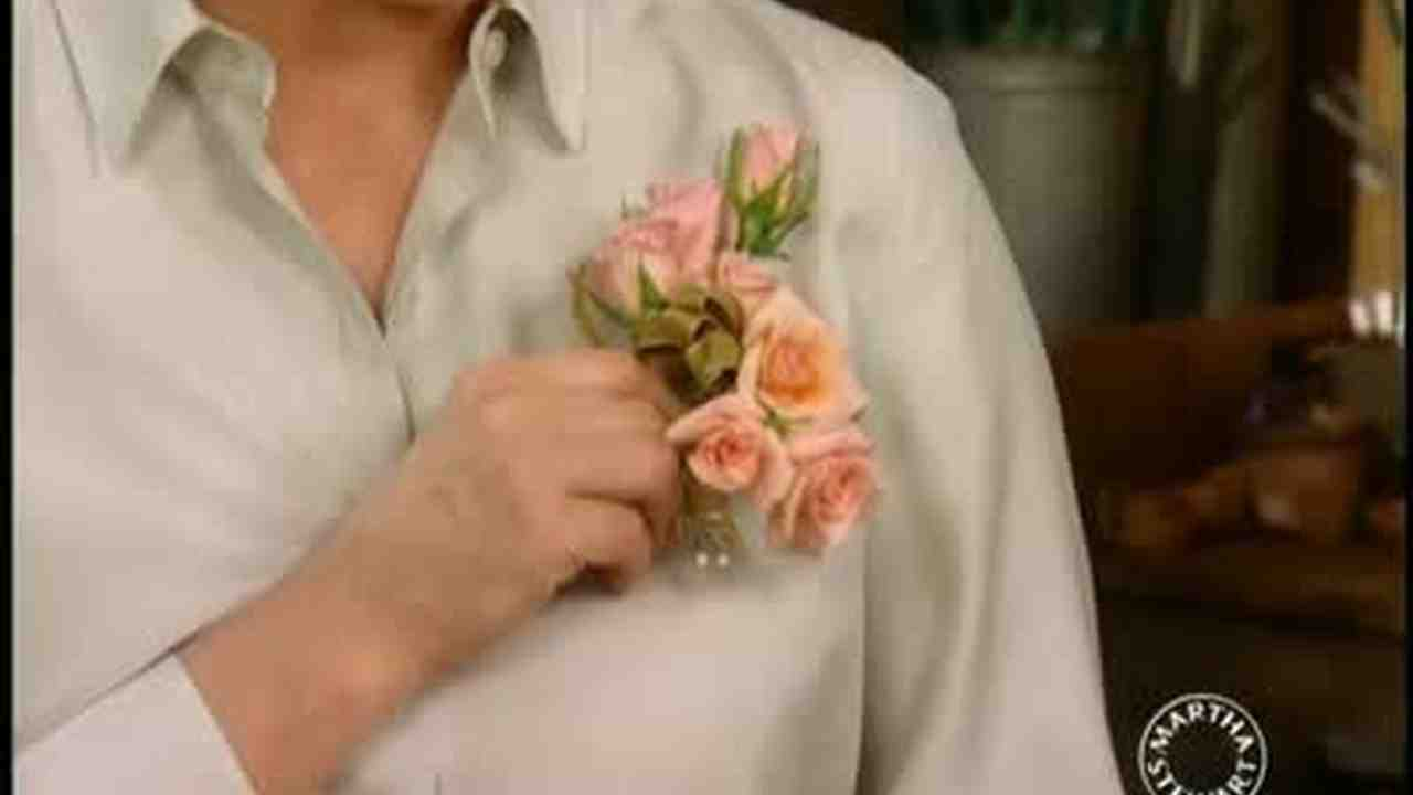 Video How To Make Corsages And Posies Martha Stewart