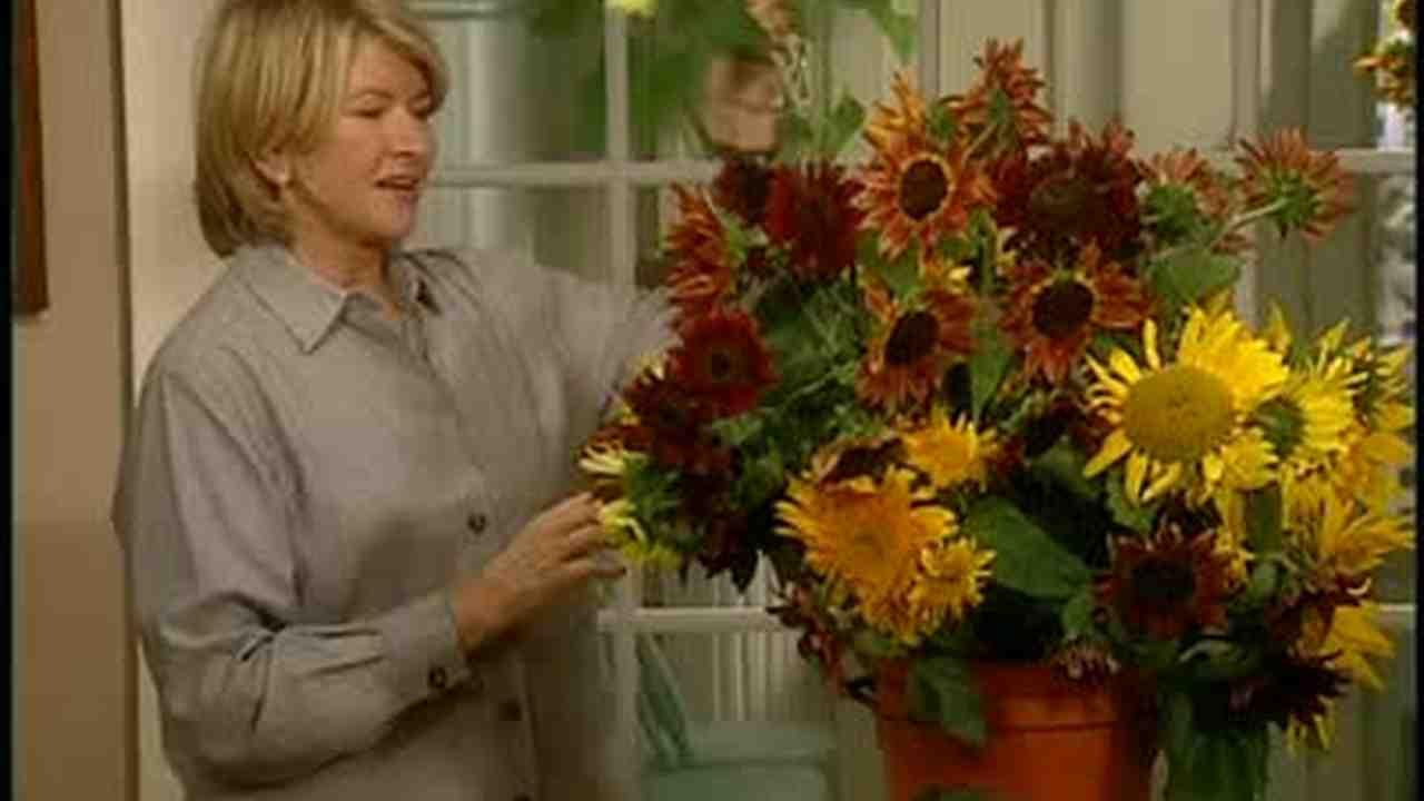 Video How To Make Sunflower Arrangement Martha Stewart