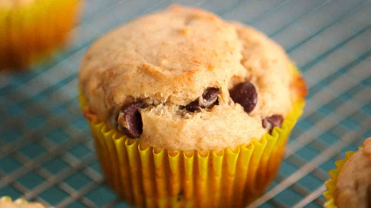 Easy Chocolate Chip Muffin Recipe From Scratch