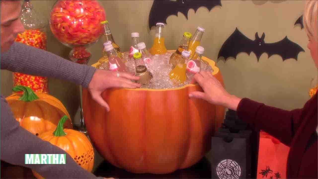 video: martha's halloween-home craft ideas   martha stewart