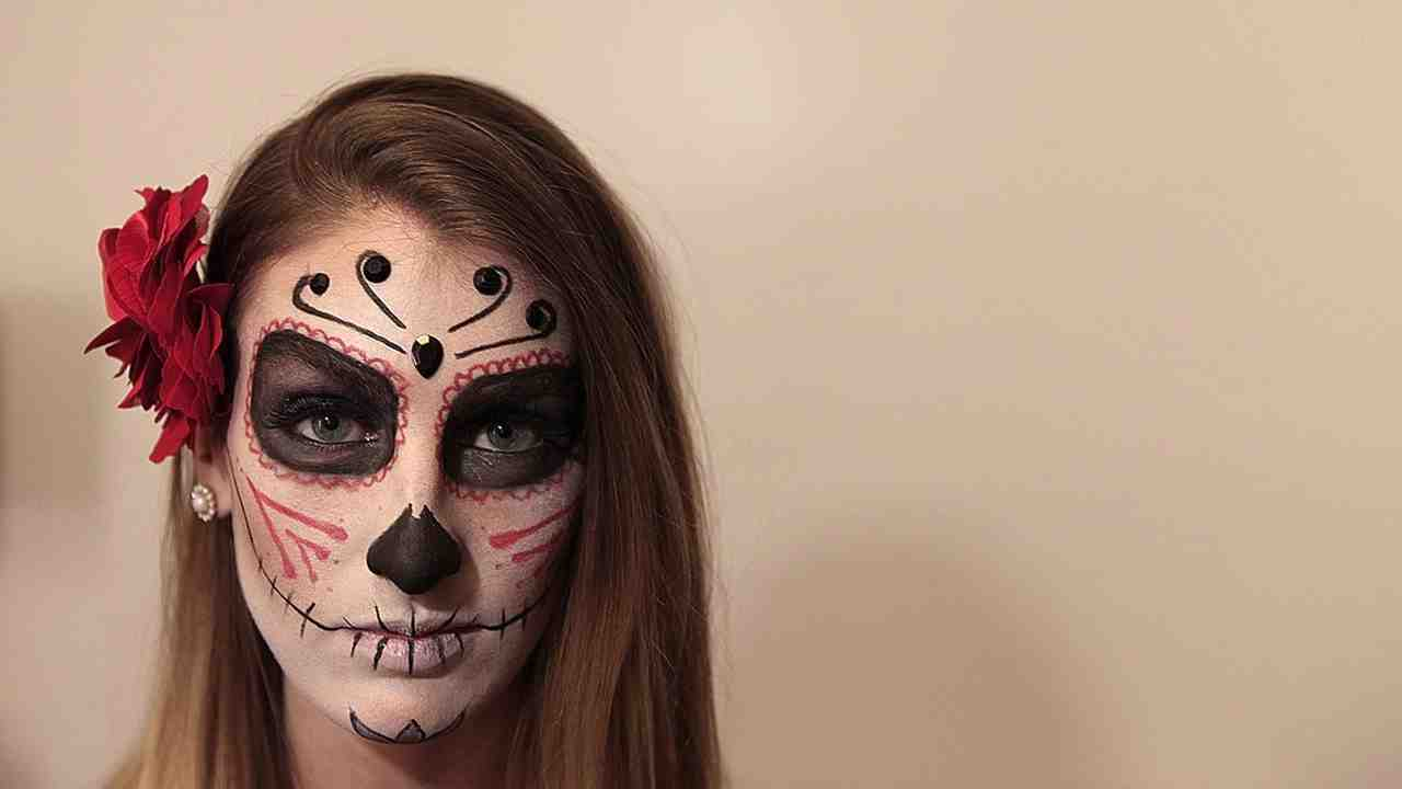 Video Diy Sugar Skull Makeup For Halloween Martha Stewart - Day-of-the-dead-makeup-tutorial-video