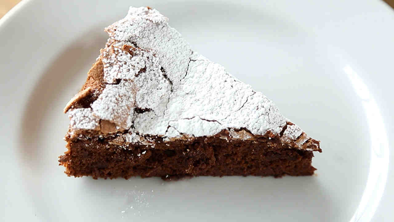 Video 4 Ingredient Flourless Chocolate Cake Martha Stewart