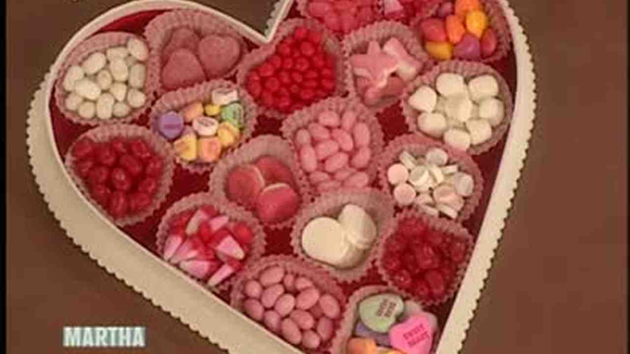 Video How To Make A Valentine S Day Gift Box Martha Stewart