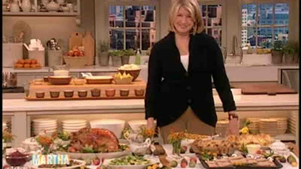 Video How To Set Up A Functional Buffet Table Martha Stewart