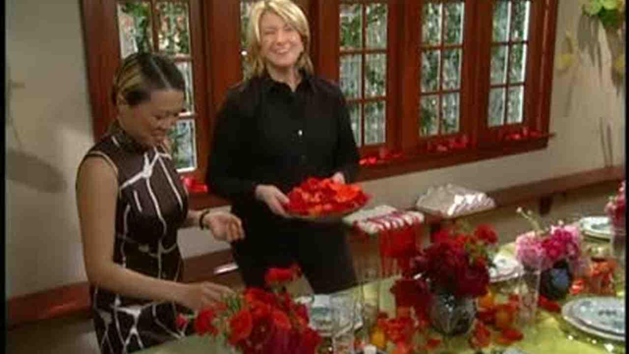 sc 1 st  Martha Stewart & Video: Setting a Table for the Chinese New Year   Martha Stewart