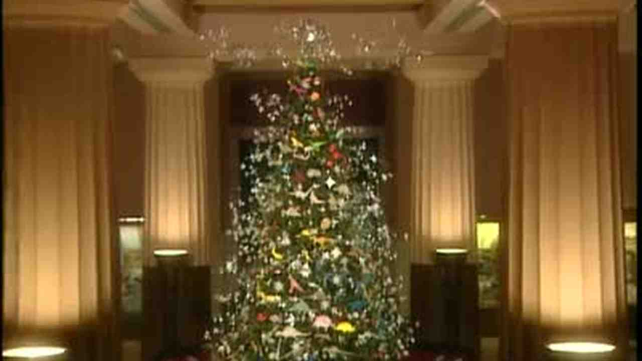 Video: Christmas Trees in NYC with Origami Ornaments | Martha Stewart