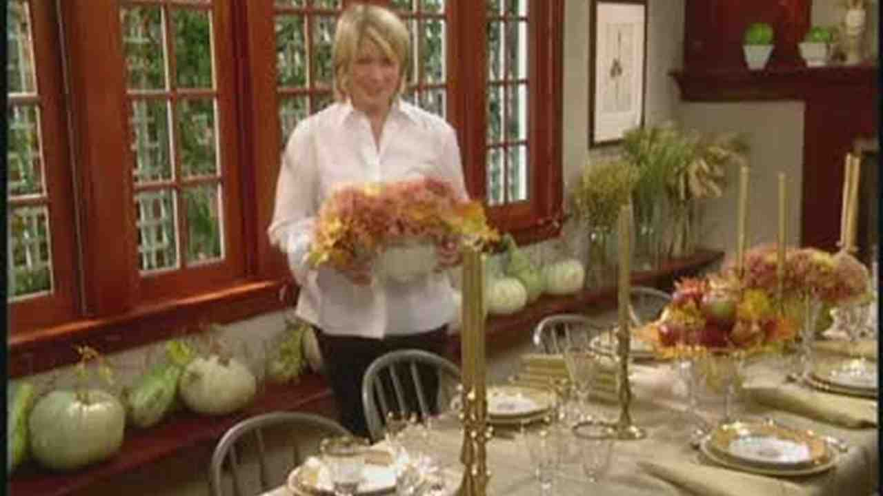 Video How To Set A Festive Thanksgiving Dinner Table Martha Stewart