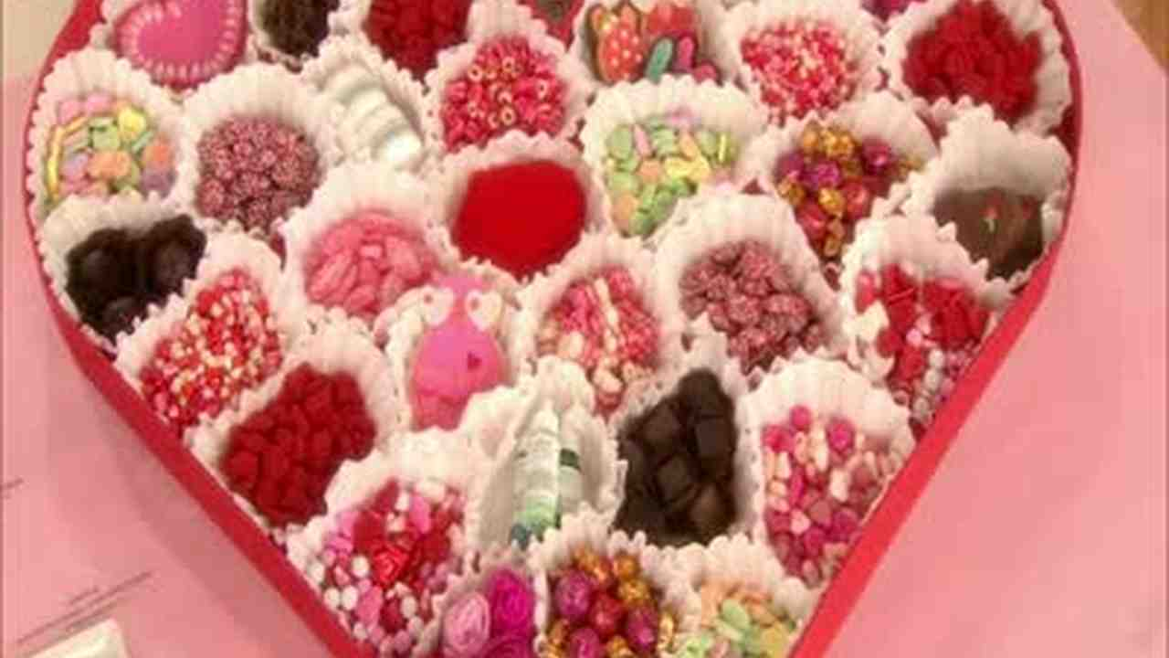 Video How To Make Valentine S Day Heart Candy Boxes Martha Stewart