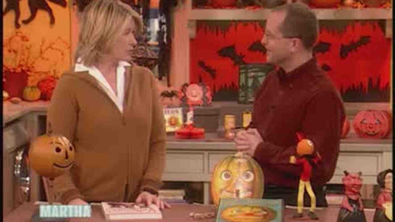 Video: Vintage Halloween Decorations with Mark Ledenbach | Martha ...