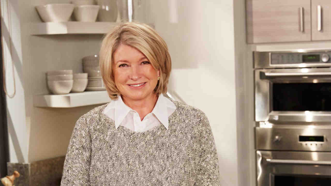 Bon Video: Ask Martha: How To Choose Your Cabinet And Hardware Style | Martha  Stewart