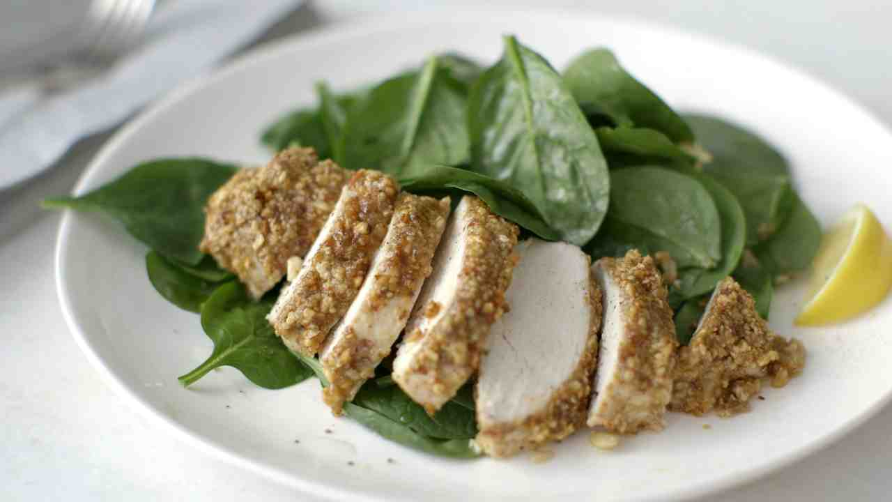 Video: Gluten Free: Almond-Crusted Chicken Breast with Spinach | Martha  Stewart