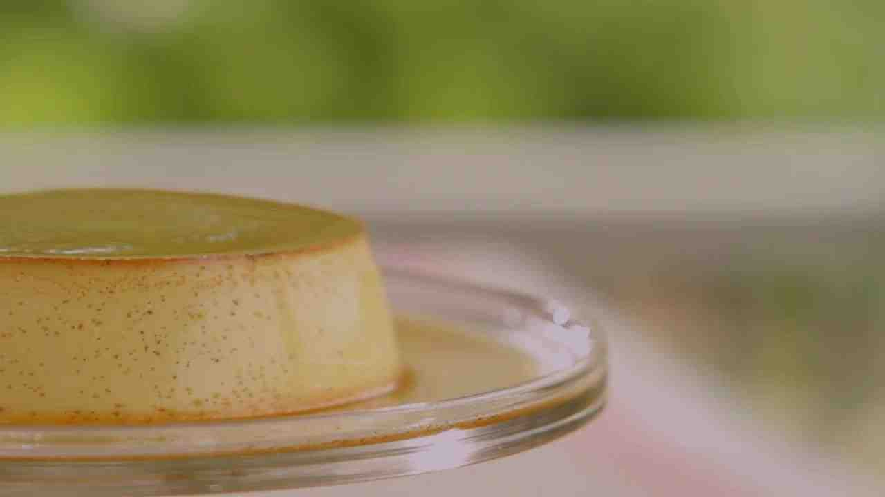 Video Velvety Creme Caramel Martha Stewart