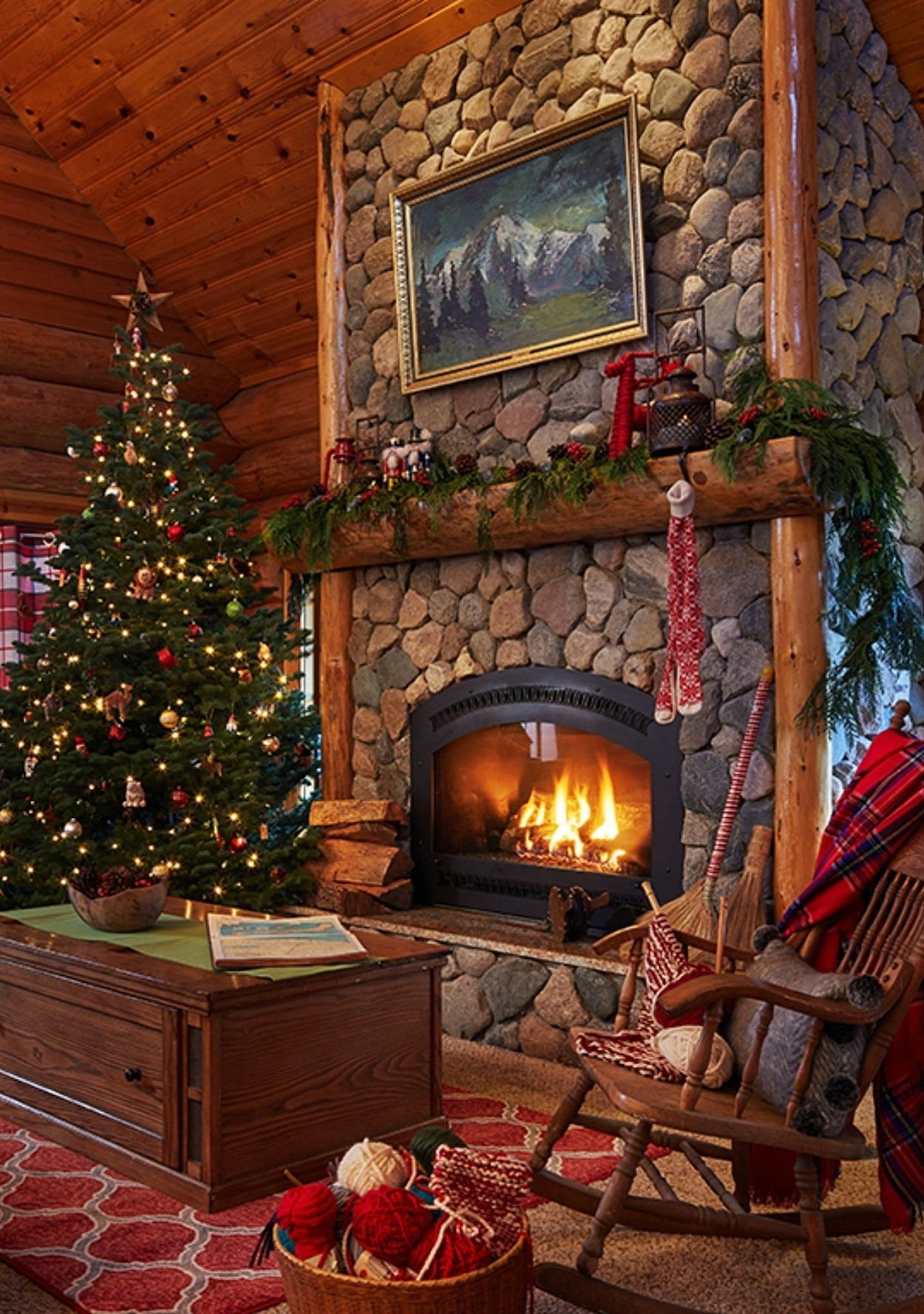 Take A First Ever Peek Inside Quot Santa S North Pole Home