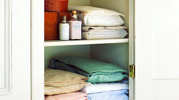 Tidy Up A Linen Closet Martha Stewart