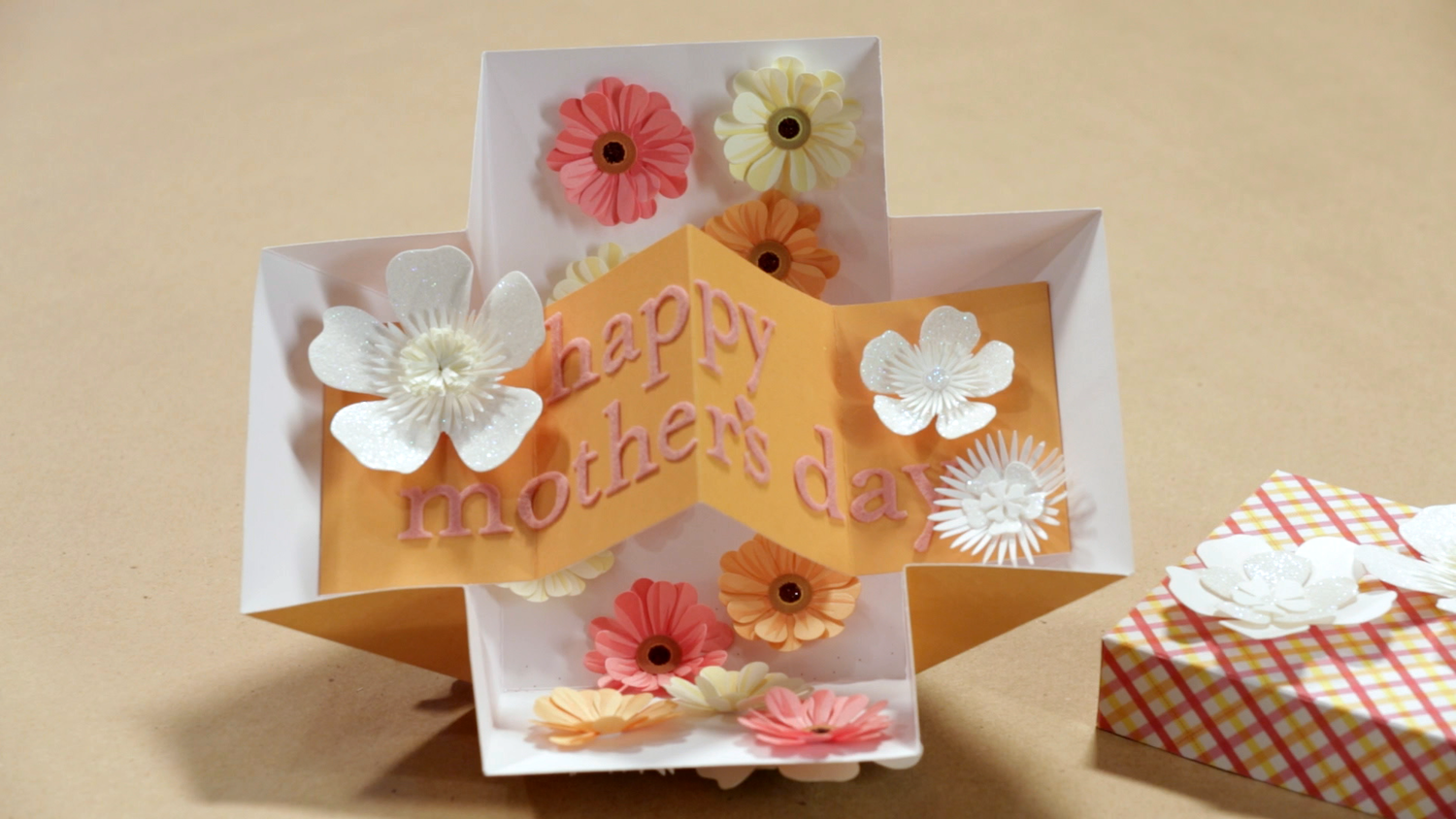 Video How To Make A Mothers Day Pop Up Card Martha Stewart