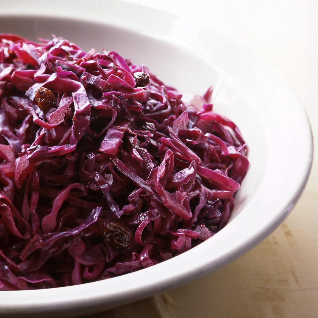 Pickled cabbage with beets: cooking recipes 100