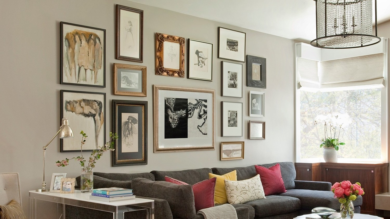 how to build a killer gallery wall martha stewart. Black Bedroom Furniture Sets. Home Design Ideas
