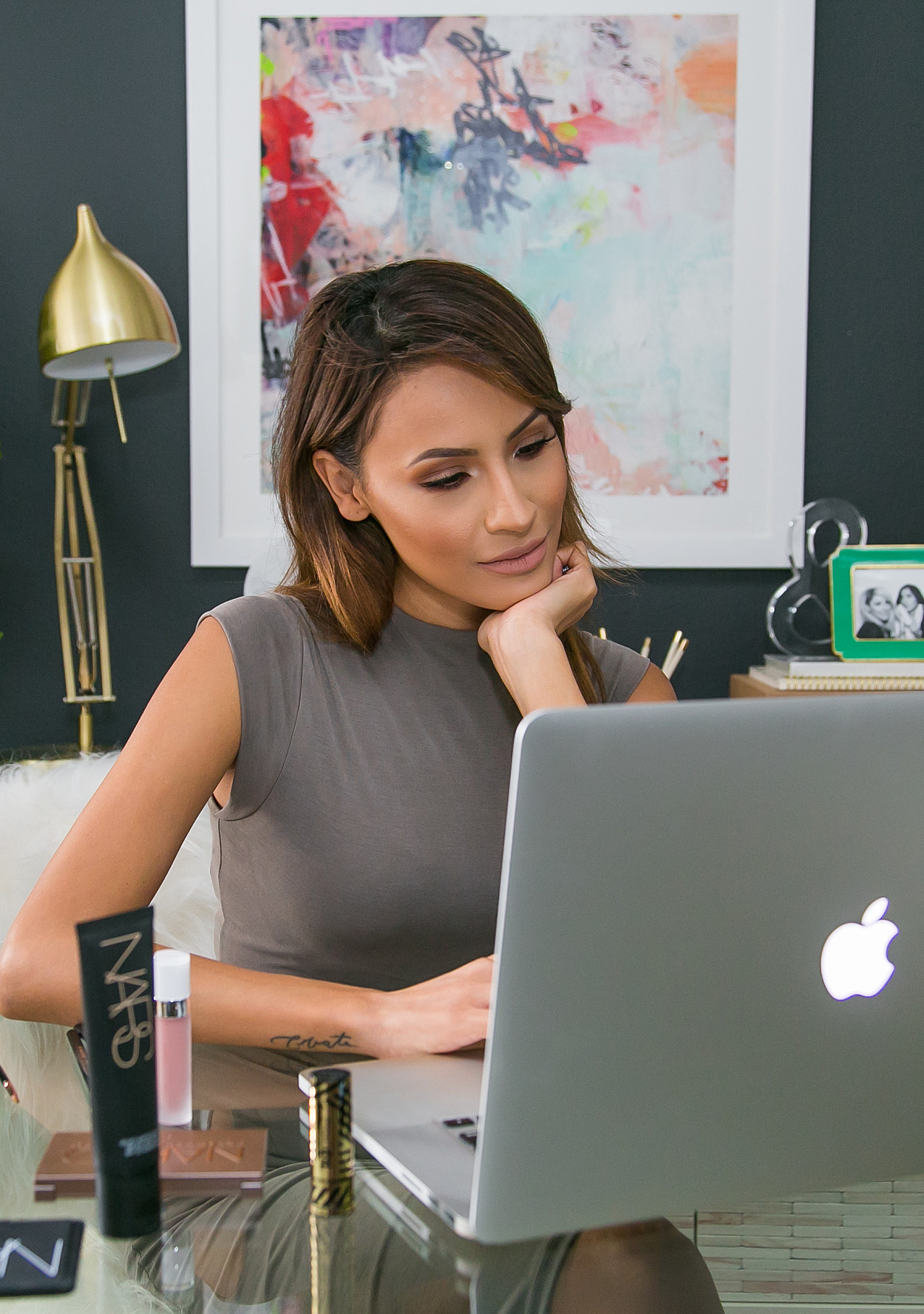 Beauty Blogger Desi Perkins Shows Off Her Home Office