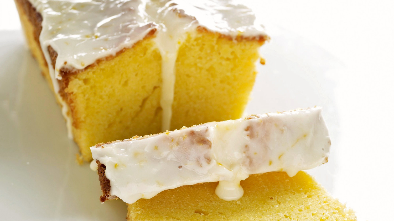 Lemon Polenta Poppy Seed Cake