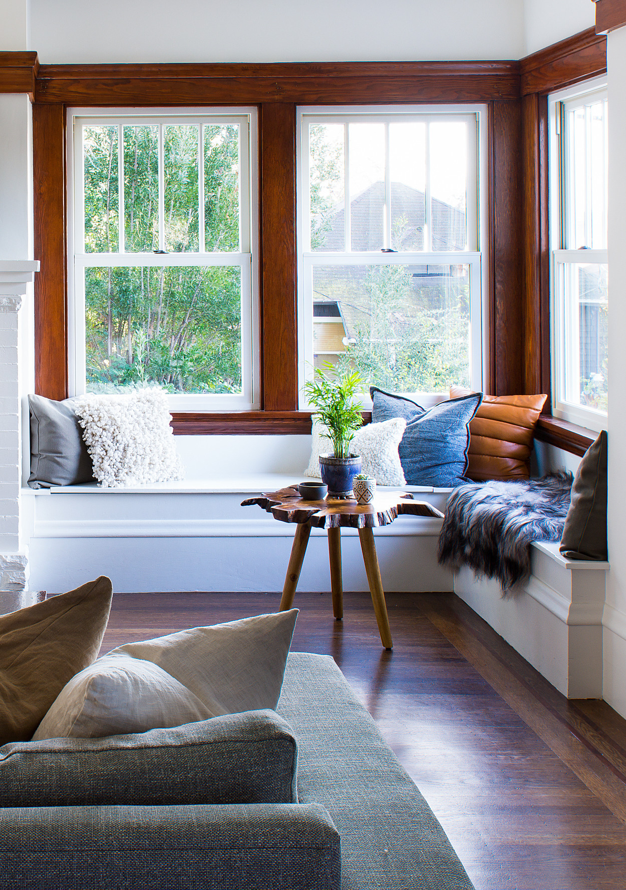 Good Home Design Ideas: A 1900's Craftsman Home Gets A Happy Modern Makeover