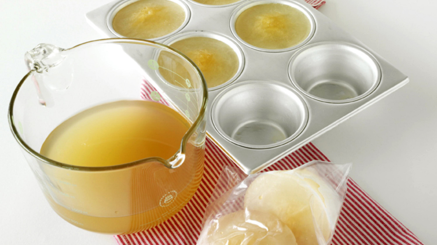 Here's Why You Should Store Homemade Stock in Ice Cube Trays