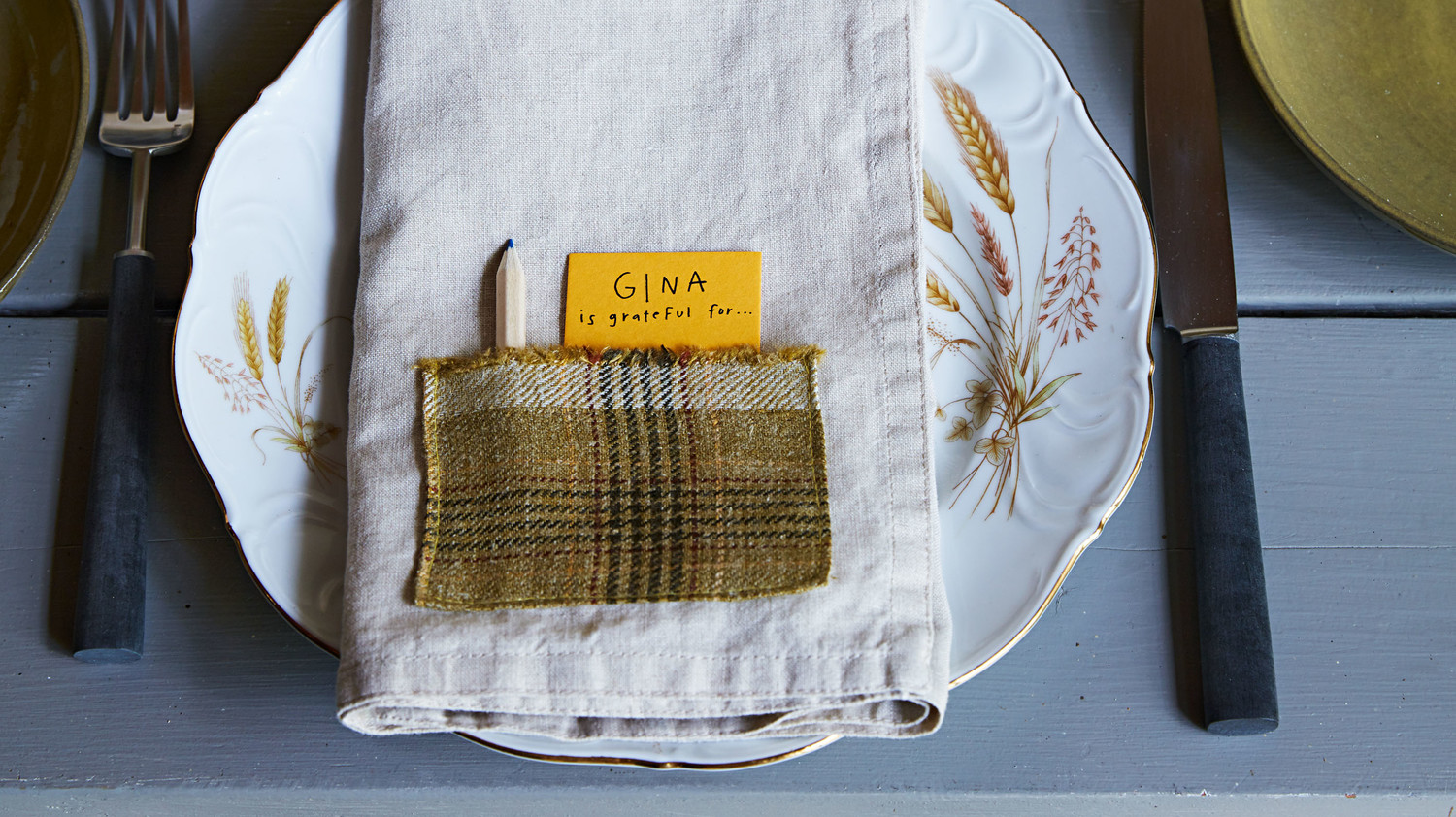 Patch-Pocket Napkin with Gratitude Place Card