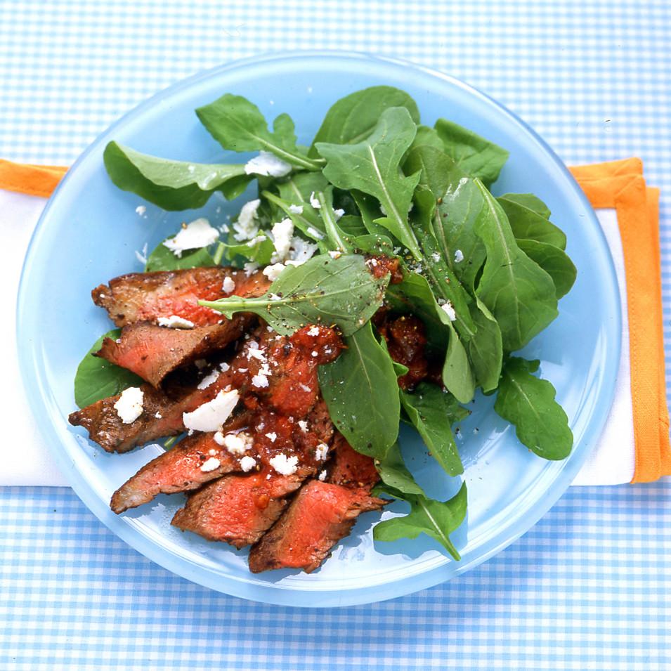 Watch Sodium Girls Steak Salad with Arugula and Grapefruit video