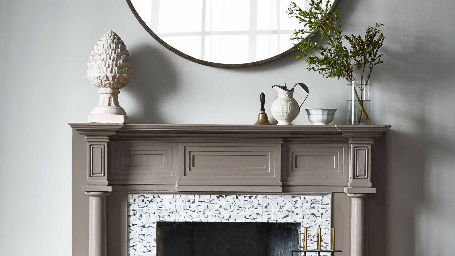 15 Chic, Cozy Fireplace Decorating Ideas