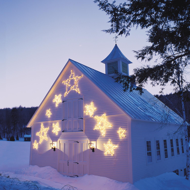 Shooting star christmas lights video martha stewart for Christmas star outdoor lights decorations