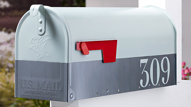 Custom Color-Blocked Mailbox