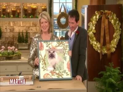 Video: Wallpaper Picture Frames | Martha Stewart