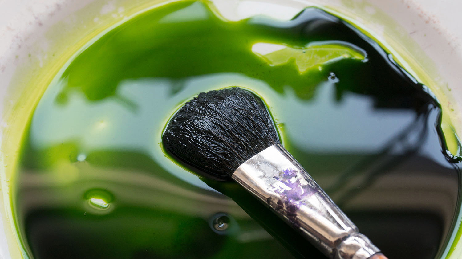 green ink with brush