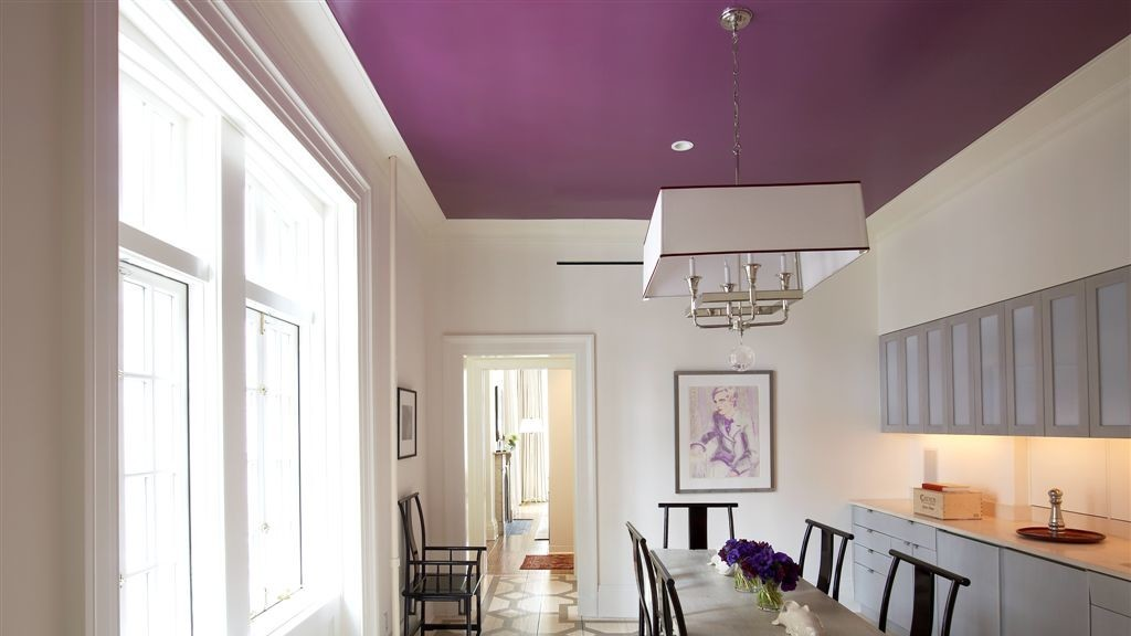 what to know about painted ceilings martha stewart 20278 | painted ceiling sara 0918 horiz itok q2b beoh