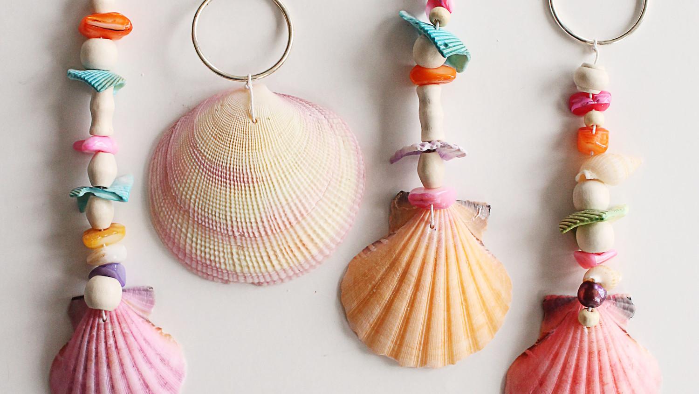 Seashell keychains martha stewart for Bag of seashells for crafts