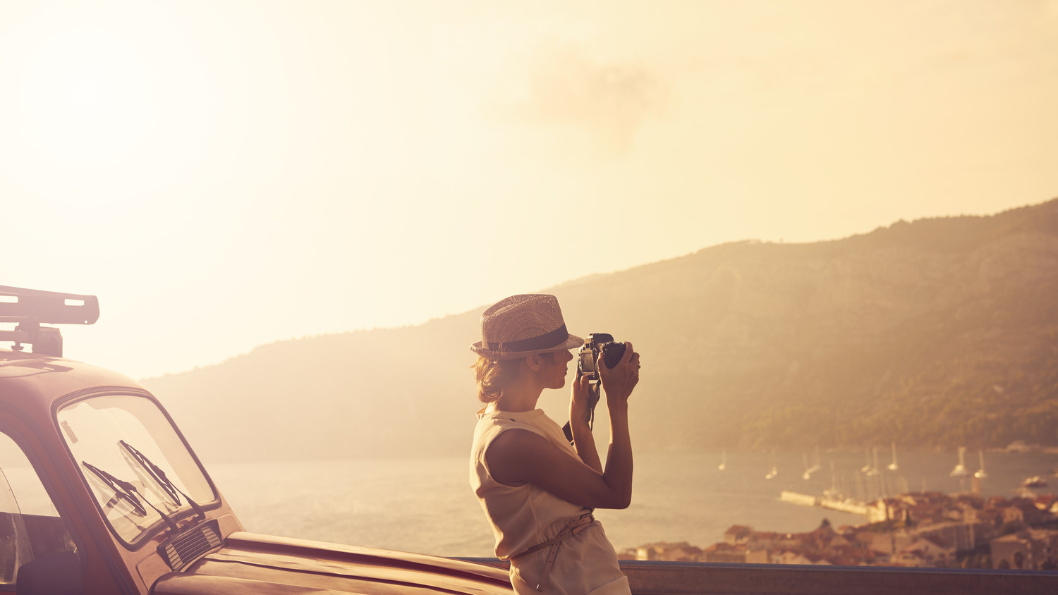 woman sightseeing camera