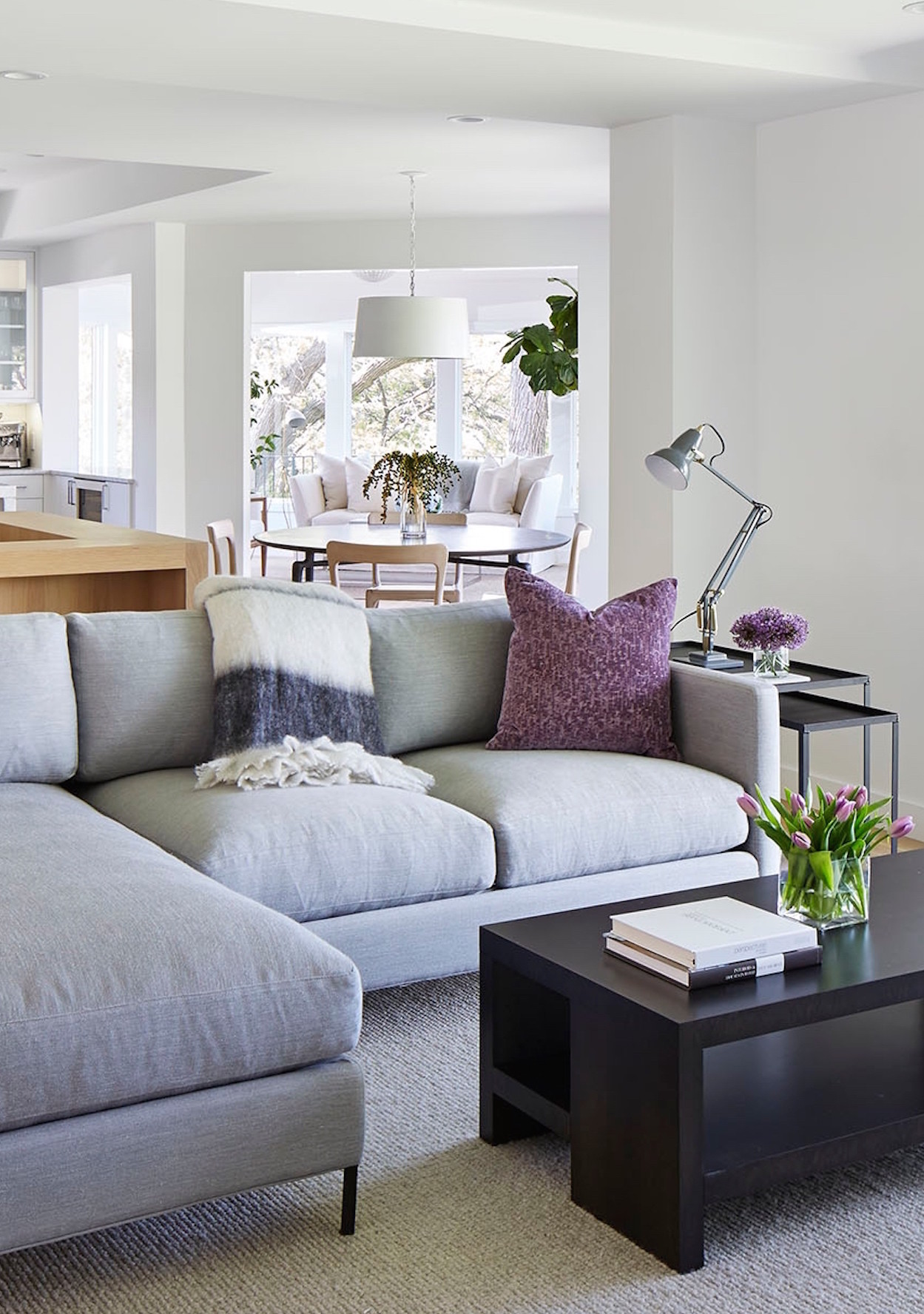 10 rules to keep in mind when decorating a living room martha stewart. Black Bedroom Furniture Sets. Home Design Ideas